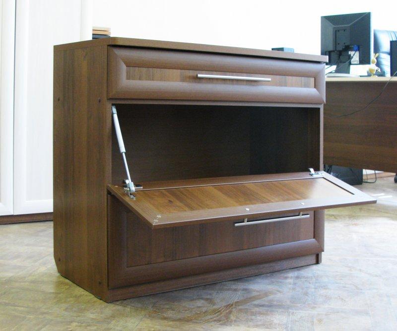 Шкаф для постельного белья фото